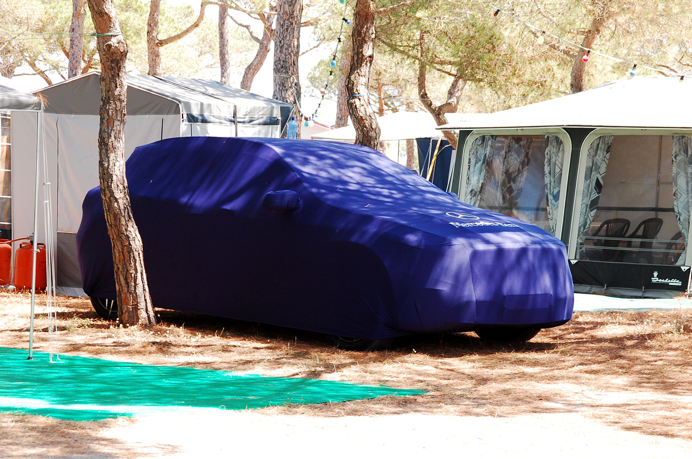 housse voiture camping